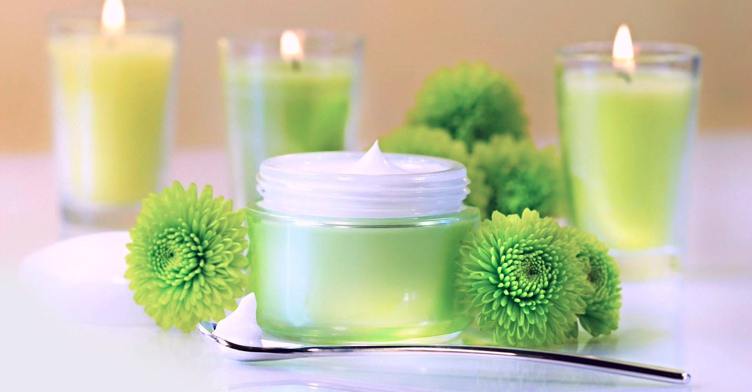 Scented candles are great for filling your living room with wonderful scents.