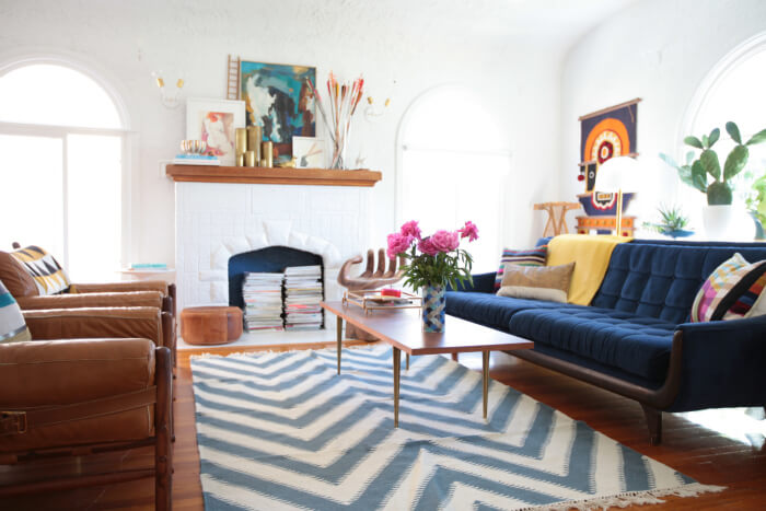 When choosing an area rug for your living room, carefully consider the size of your living room and what size rug will fit.