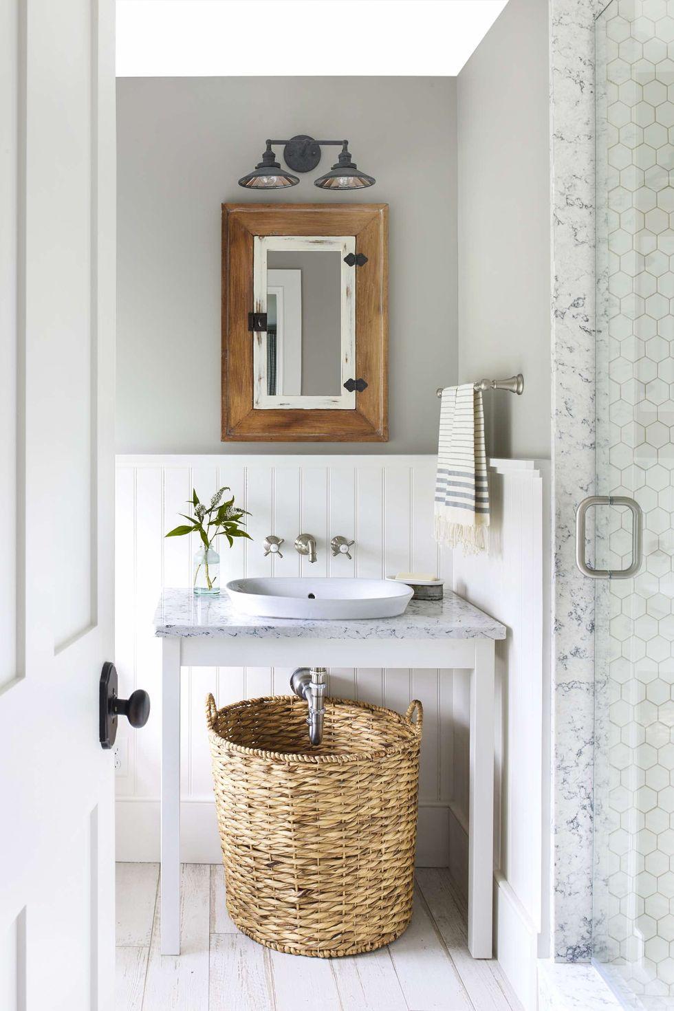 Quartz can look beautiful in the bathroom. Source: Good Housekeeping