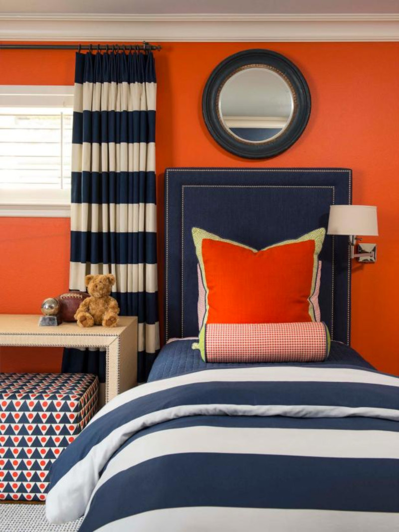 Pair it with blue and white! Source: HGTV